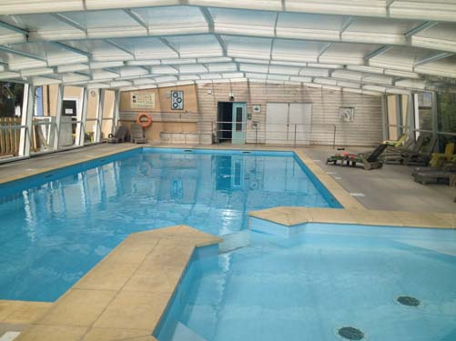 Campings avec piscine couverte normandie camping for Piscine normandie