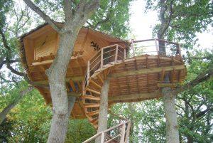 cabane-dans-les-arbres-normandie-bretagne-castels