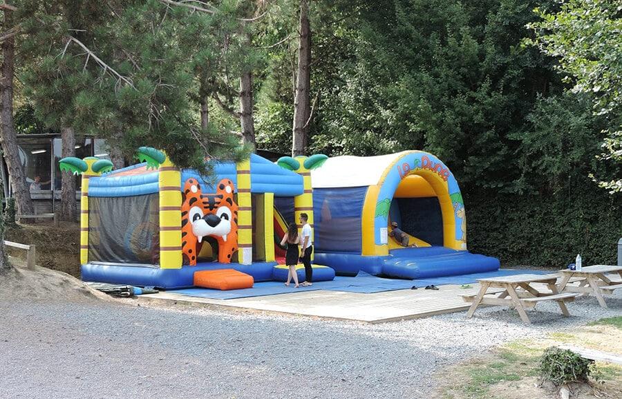 Camping L'Escapade - Jeux pour enfants