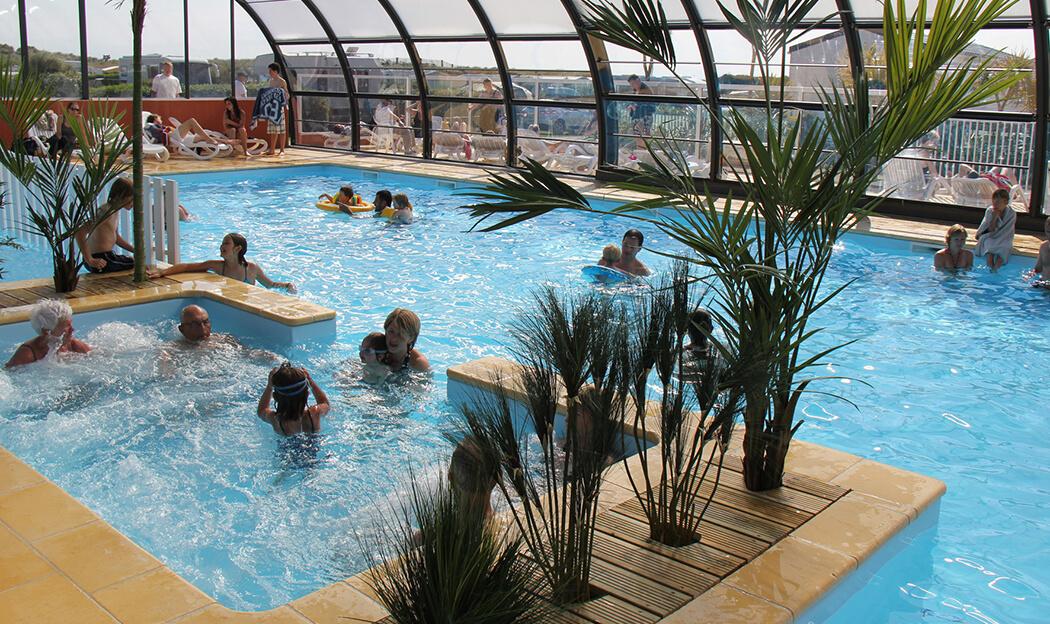 Campings avec piscine couverte en Normandie