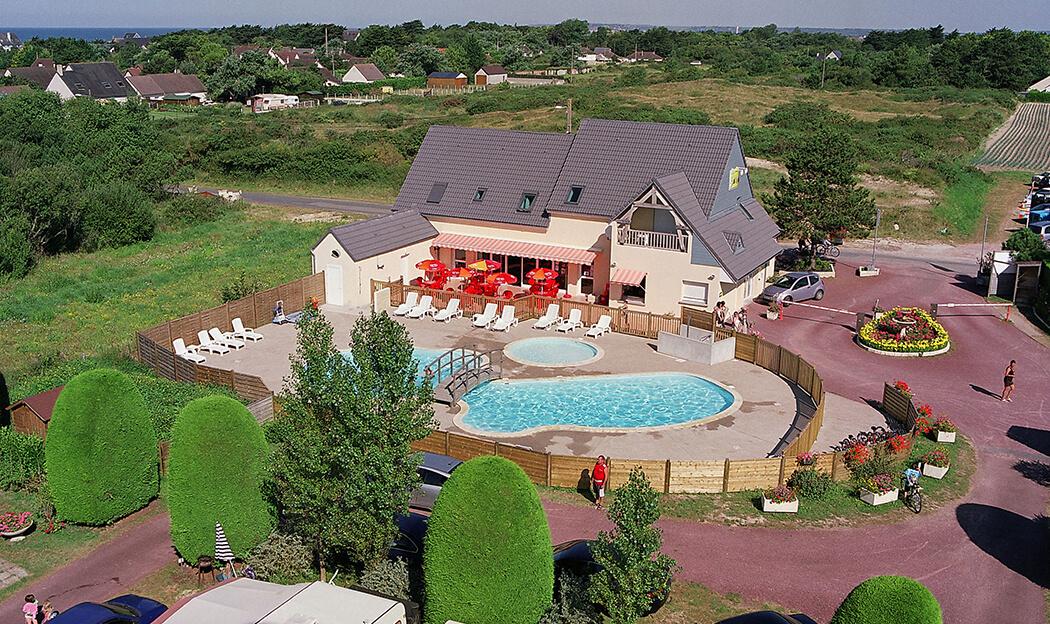 Campings avec piscine extérieure en Normandie